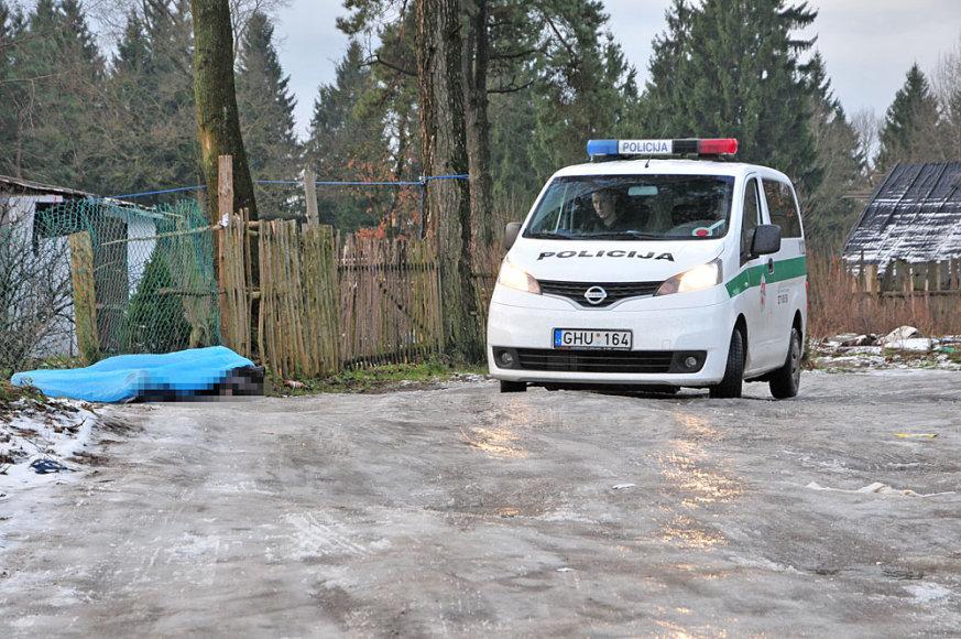 Įvykio vietoje Vilniuje, čigonų tabore
