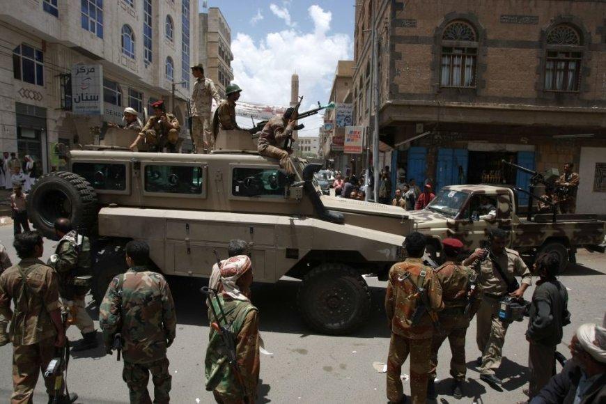 Jemeno kariai Sanos gatvėse