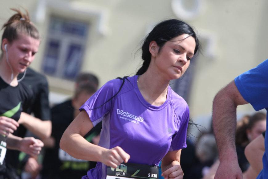 Vilniaus Senamiesčio gatvėse – minia bėgikų
