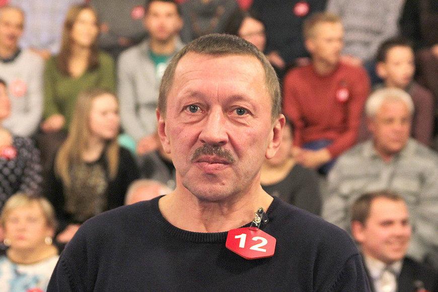 """Vytas Babilčius iš Vilniaus """"Teleloto"""" studijojelaimėjo automobilį """"Citroën C4 Cactus""""."""