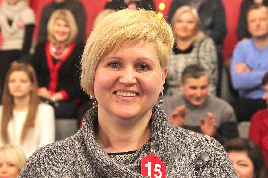 """Visureigį """"Dacia Duster"""" laimėjo floristė Alma Kubilienė iš Telšių."""