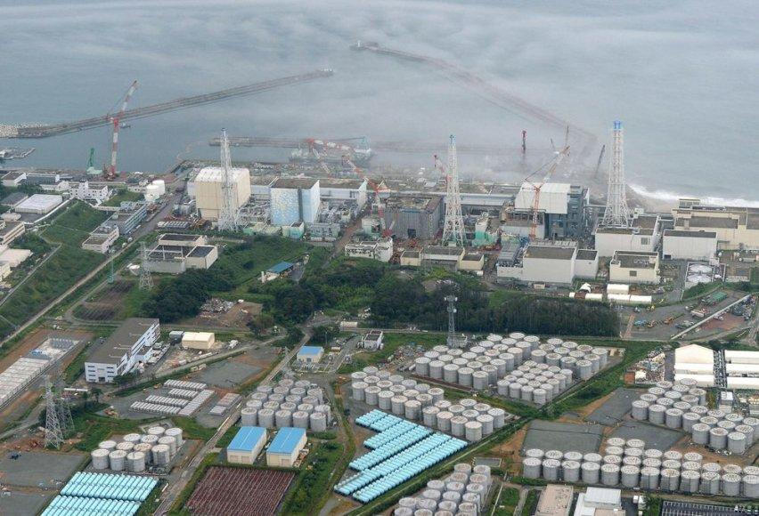 Fukušimos operatorius aptiko radioaktyvaus vandens nuotėkį iš vieno vamzdžio.