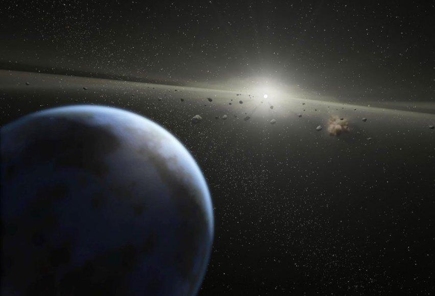 Planeta kerta asteroidų žiedą