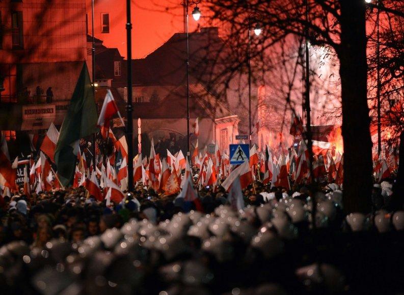 Nacionalistų eitynių Varšuvoje akimirka