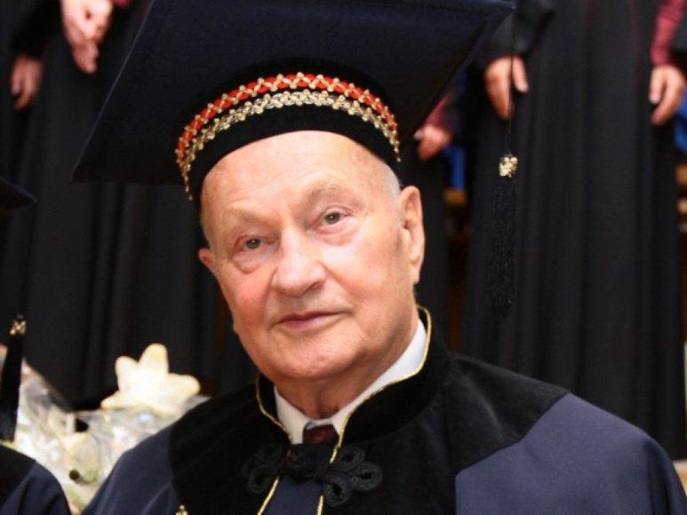 Kauno garbės piliečio vardas atiteks J. Brėdikiui