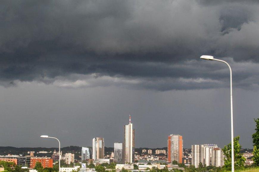 Iš didelio debesies – mažas lietus