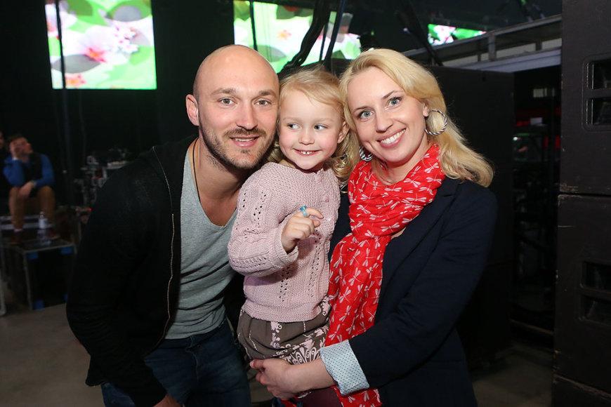 Donatas ir Dainė Baumilos su dukrele Smilte