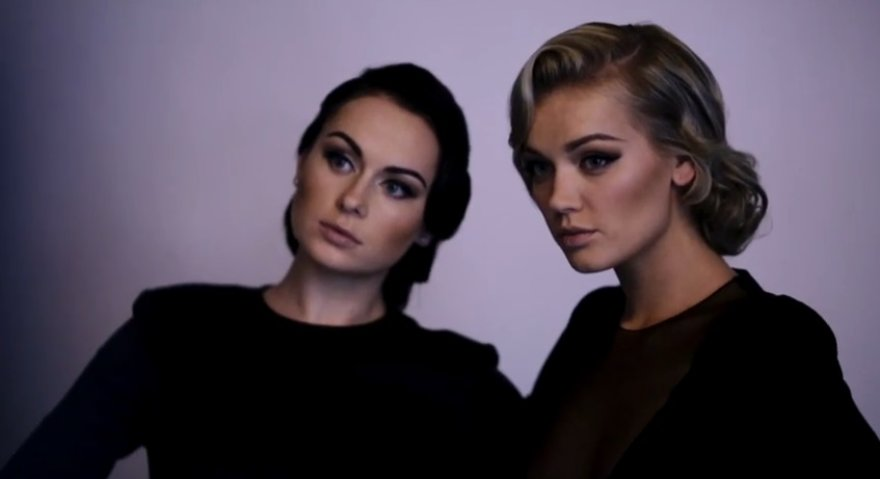 """""""Pinup Girls"""" duetas: Simona ir Viktorija"""
