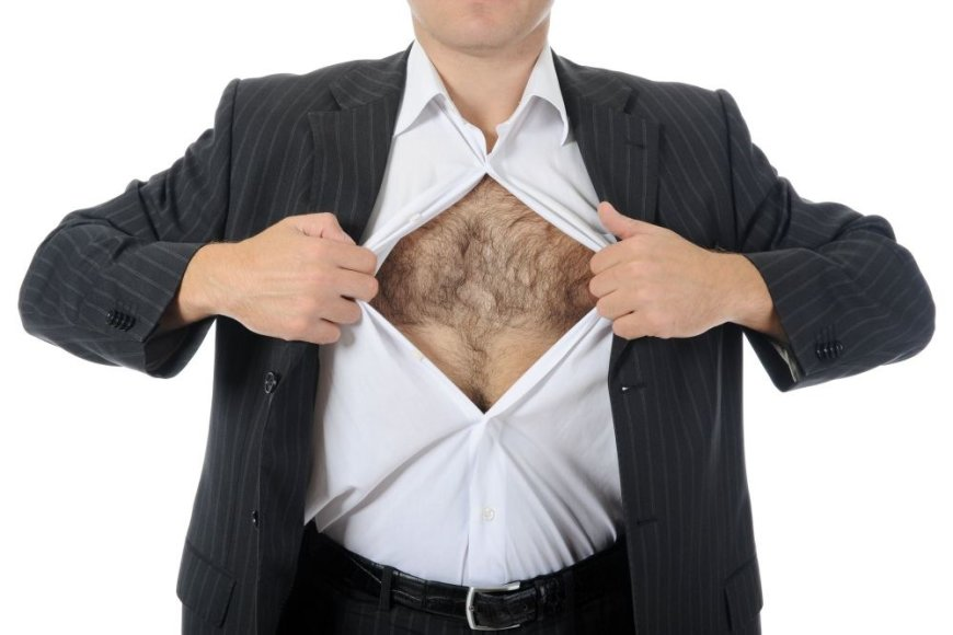 Vyro krūtinė