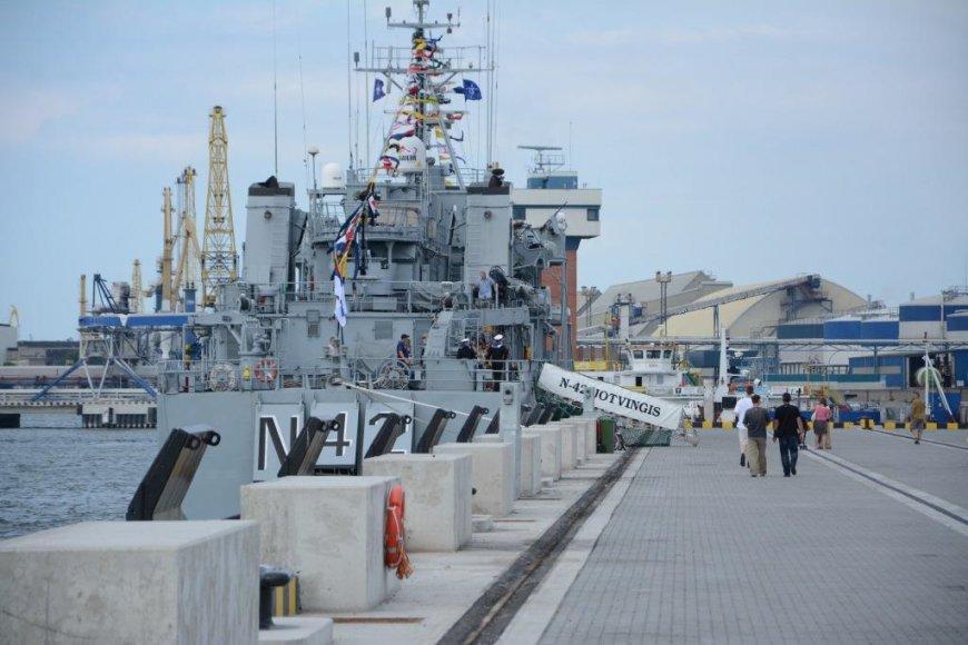 Savaitgalį gyventojai šmirinėjo po NATO laivus
