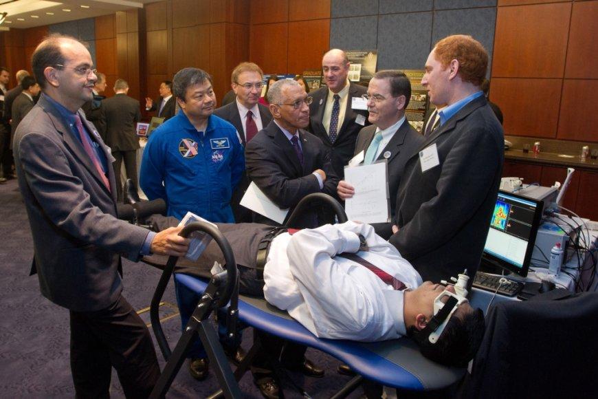 KTU Telematikos MC ir Vittamed technologijos demonstruojamos JAV kongresui ir NASA vadui