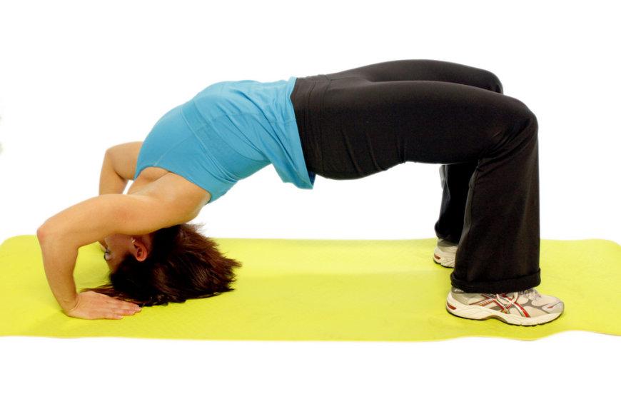 Nugarą reika stiprinti fiziniais pratimais