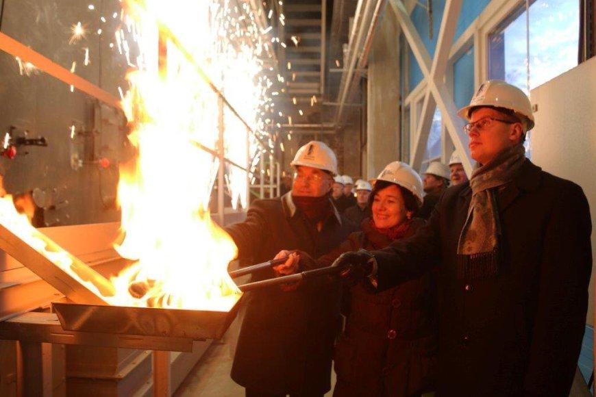 """""""Inkaro"""" bei Petrašiūnų jėgainėse antradienį paleisti du nauji biokuro katilai"""