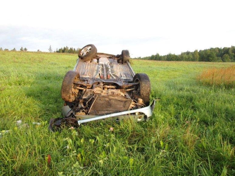 """""""Ford Focus"""" avarijos vietoje"""