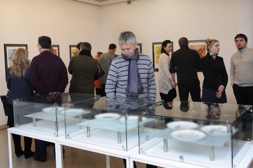 Salvadoro Dali paroda Klaipėdoje sulaukė minios smalsuolių.