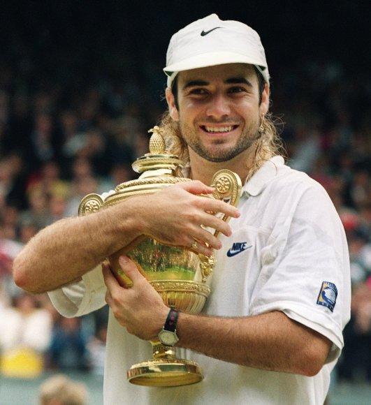 Andre Agassis 1992-aisiais metais tapo Vimbldono čempionu