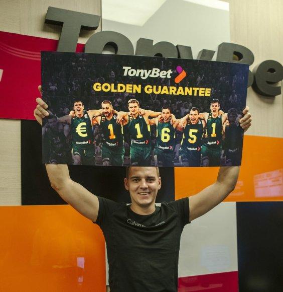 11 tūkst. 651 euro laimėjęs lažybų bendrovės rengiamame žaidime Martynas