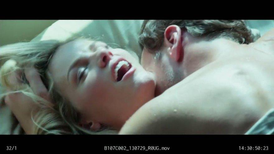 Brooklyn Decker ir Patrickas Wilsonas filmuojasi sekso scenoje