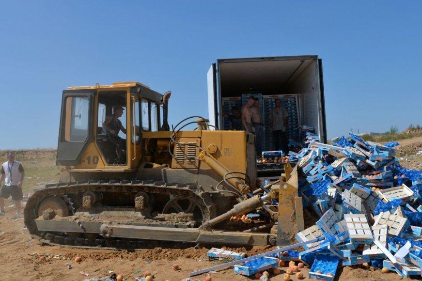 Rusija toliau naikina maisto produktus iš Vakarų