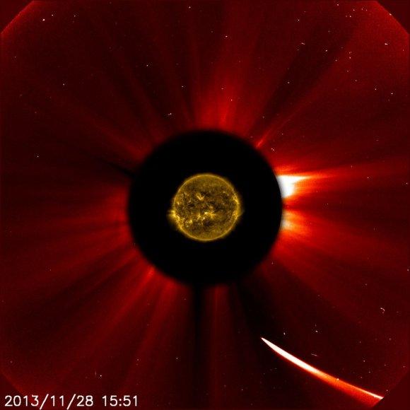 Kometa ISON priartėjo prie Saulės