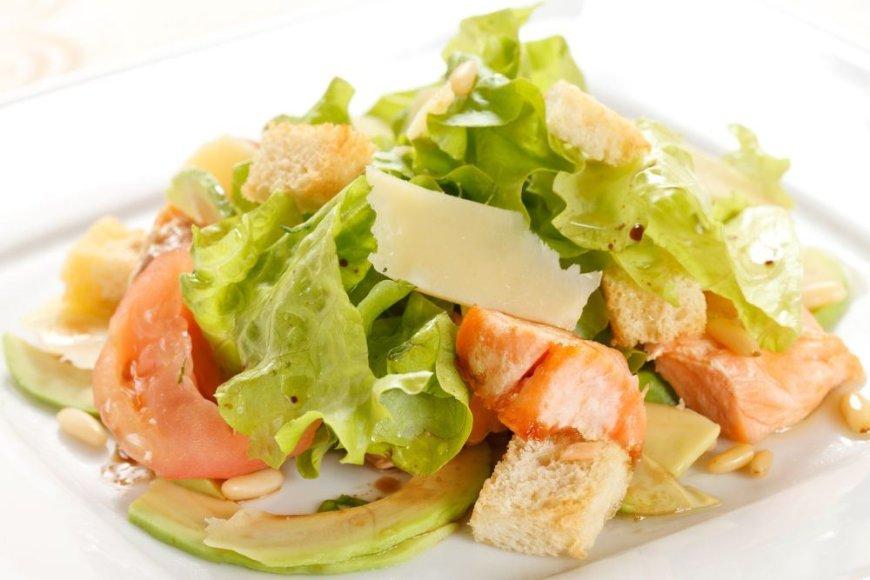 Lašišų salotos