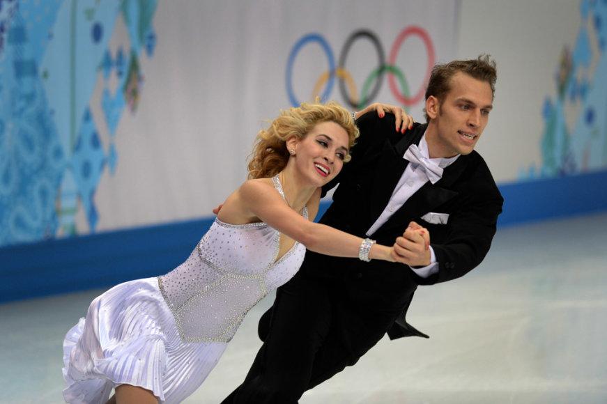 Čiuožėjai ant ledo Isabella Tobias ir Deividas Stagniūnas