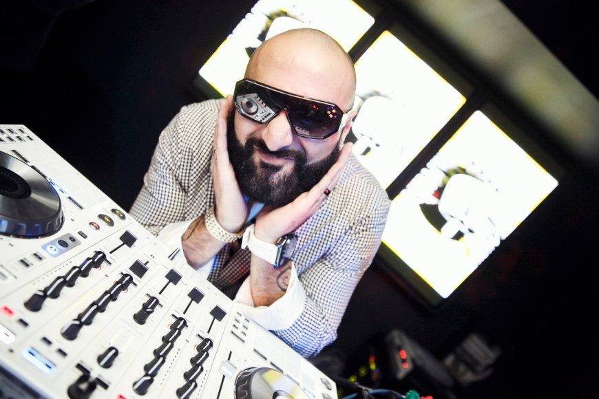 DJ Sezzy