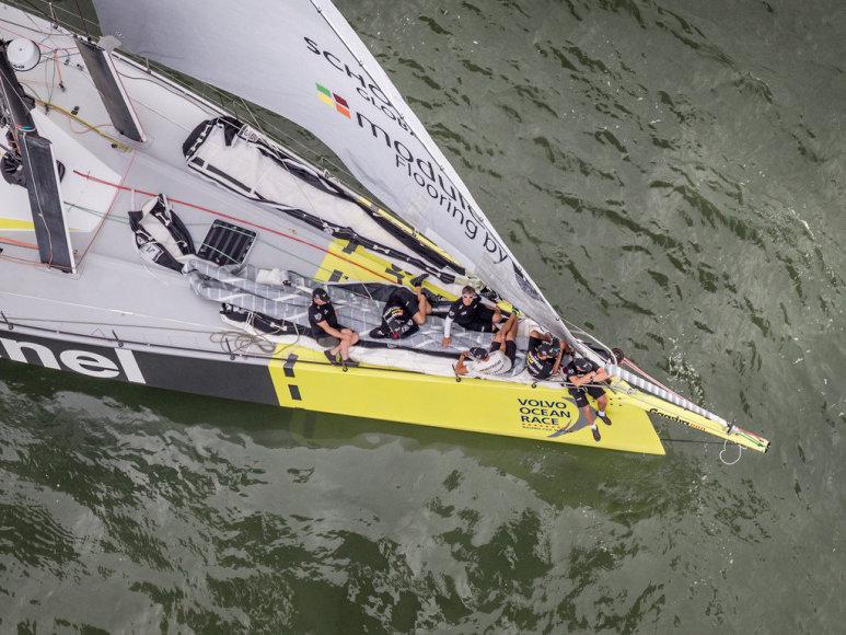 """""""Volvo Ocean Race"""" regatoje dalyvauja ir Rokas Milevičius su """"Team Brunel"""""""