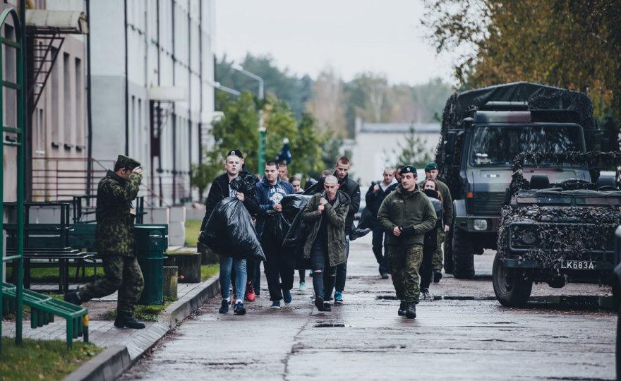 Į Kunigaikščio Vaidoto mechanizuotąjį pėstininkų batalioną Rukloje atvyko 451 šauktinis