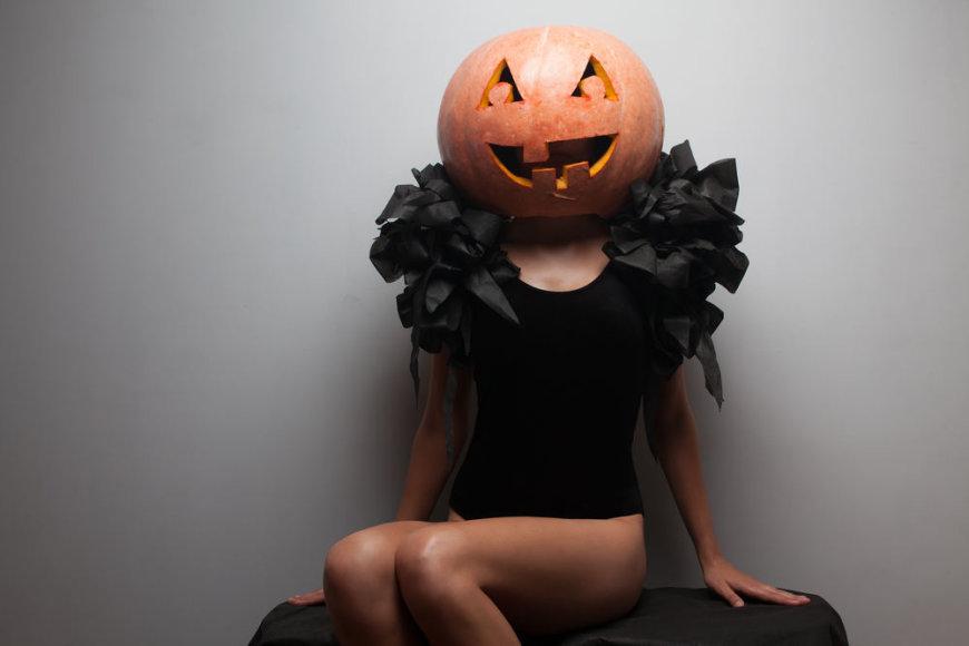 šskobtas moliūgas – Helovino simbolis. Ar įkomponuosite jį į savo kostiumą?