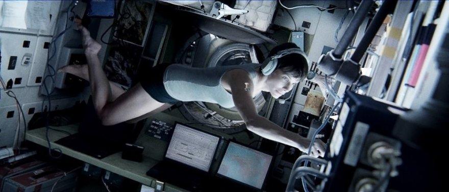 """Sandra Bullock filme """"Gravitacija"""""""