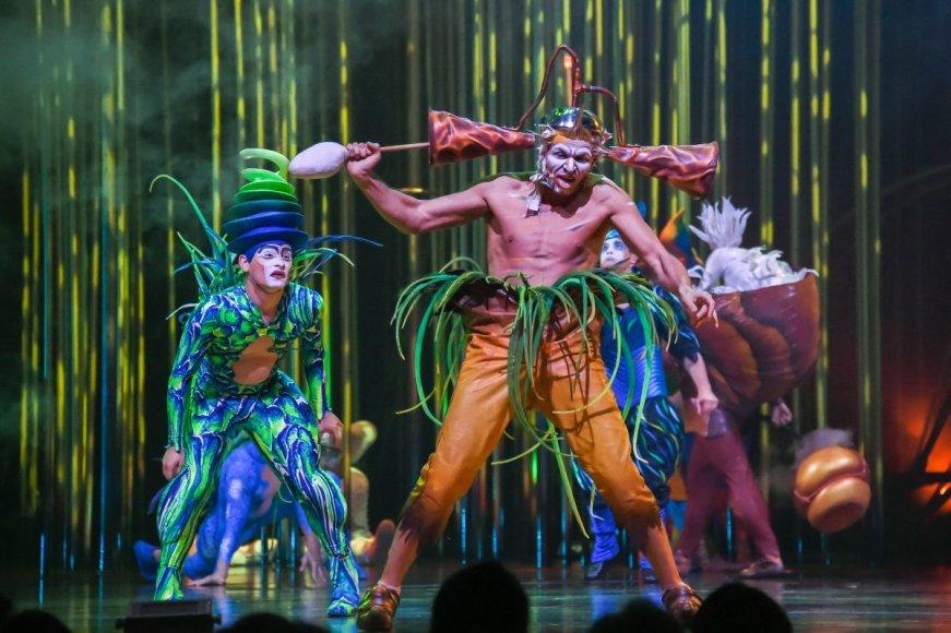 """Cirque du Soleil"" nuotr./""Cirque du Soleil"" spektaklis ""Varekai"""