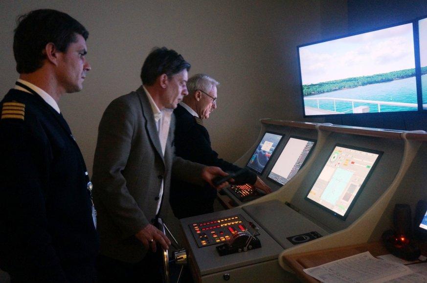 """Virtualios SGD terminalui skirtos laivo """"Independence"""" įvedimo į Klaipėdos uostą pratybos"""