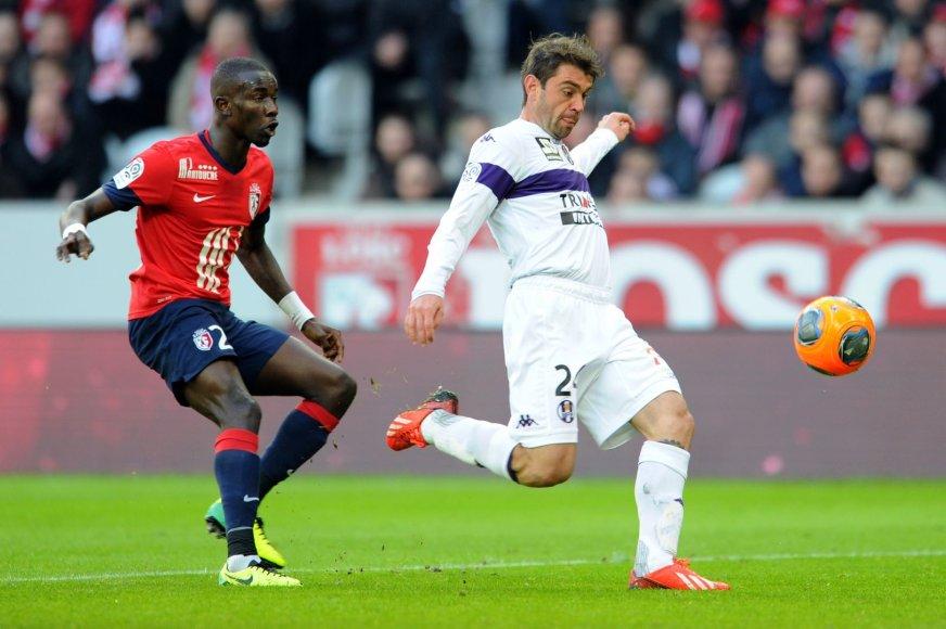 """Pepe Souare (kairėje) padovanojo """"Lille"""" pergalę"""