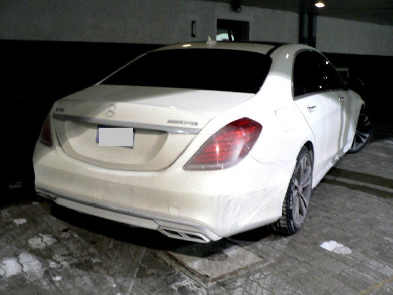 "Lietuvoje pavogtas ""Mercedes Benz S350"""