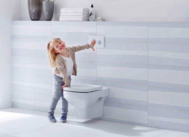 Erdvę taupantys sprendimai moderniam vonios kambariui