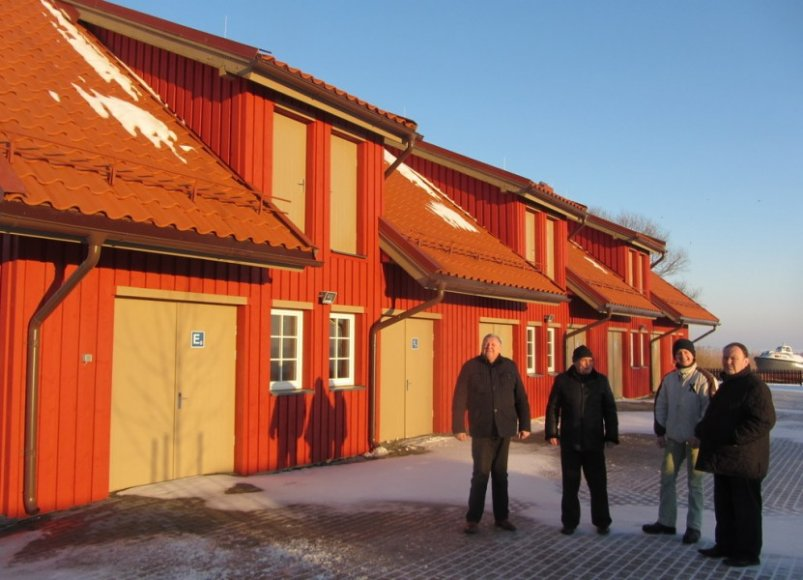 Kuršių nerijoje pastatytas naujas namas žvejų reikmėms, kainavęs 993 tūkst. Lt.