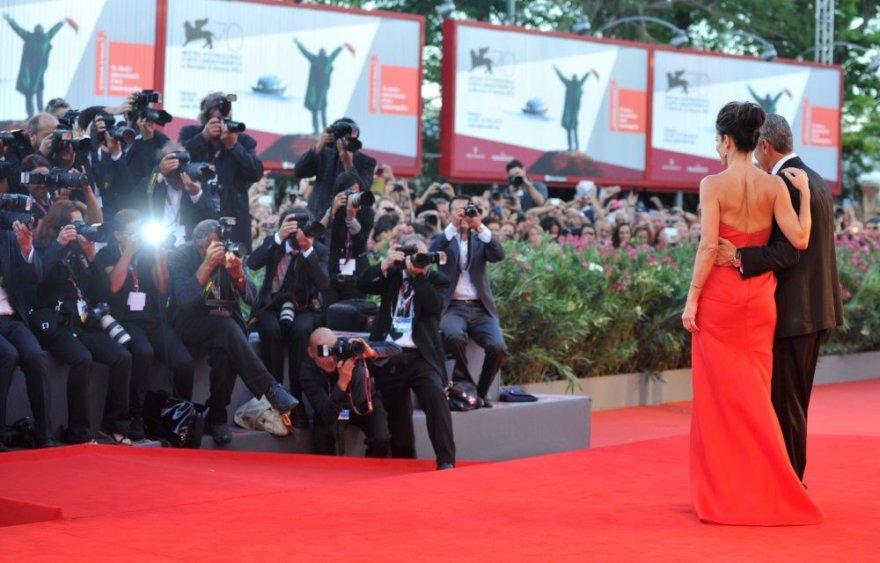 Sandra Bullock ir George'as Clooney