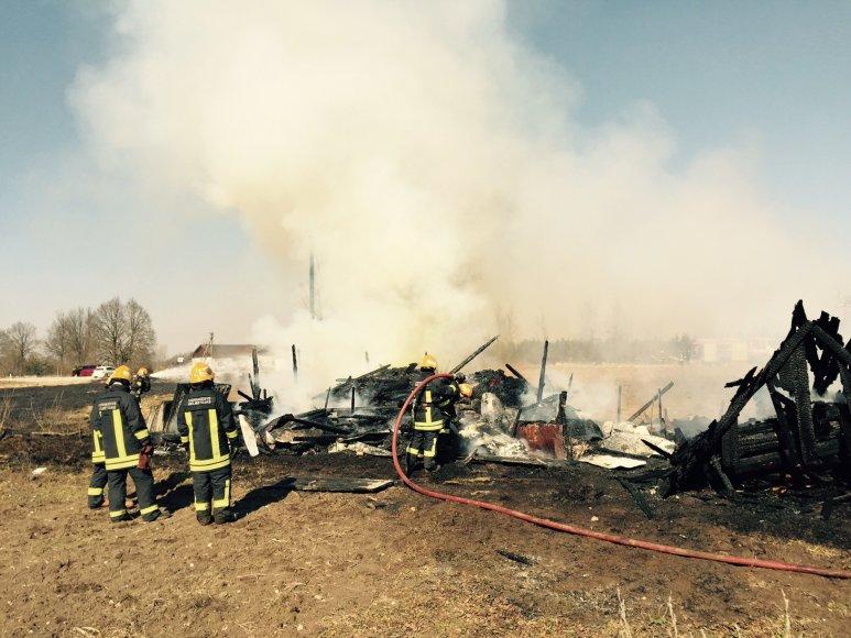 Ūkinio pastato gaisras Zujūnų seniūnijoje