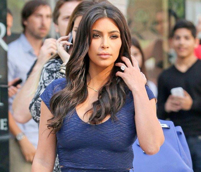 Kim Kardashian sužadėtuvių žiedas