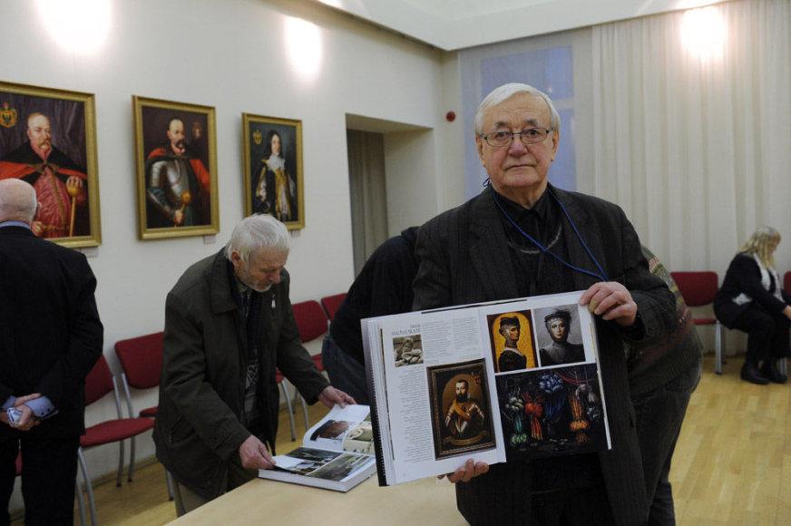 Knygos-albumo pristatymas ir parodos atidarymas
