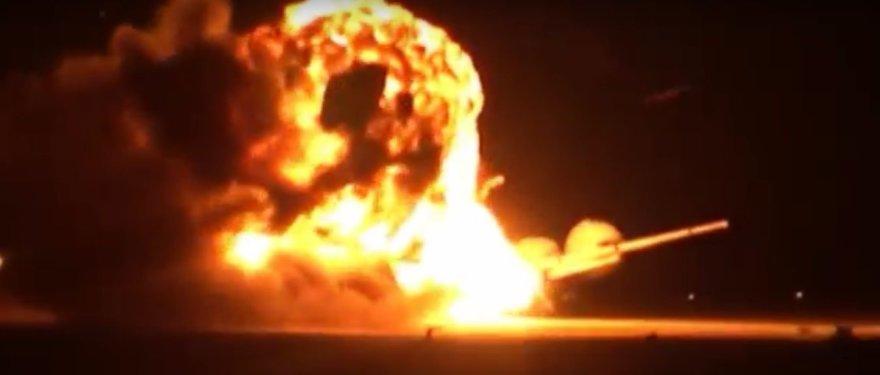 Strateginio bombonešio Tu-95 sprogimas