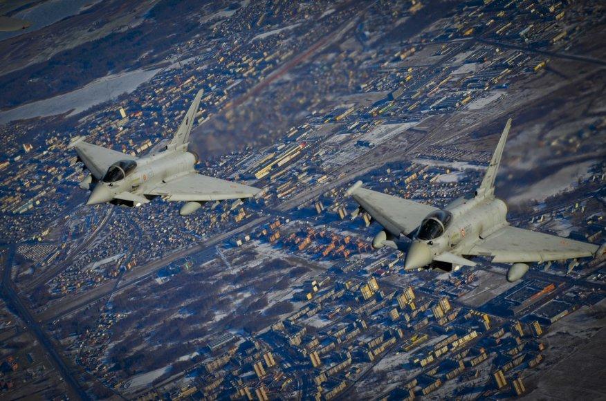 """""""Eurofighter Typhoon"""" naikintuvai"""