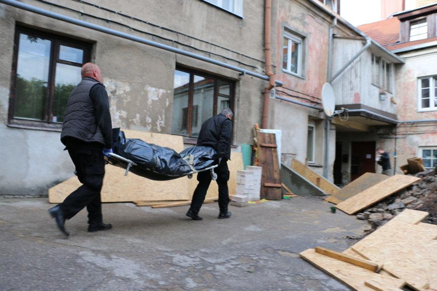 Žmogžudystės vietoje Paupio gatvėje
