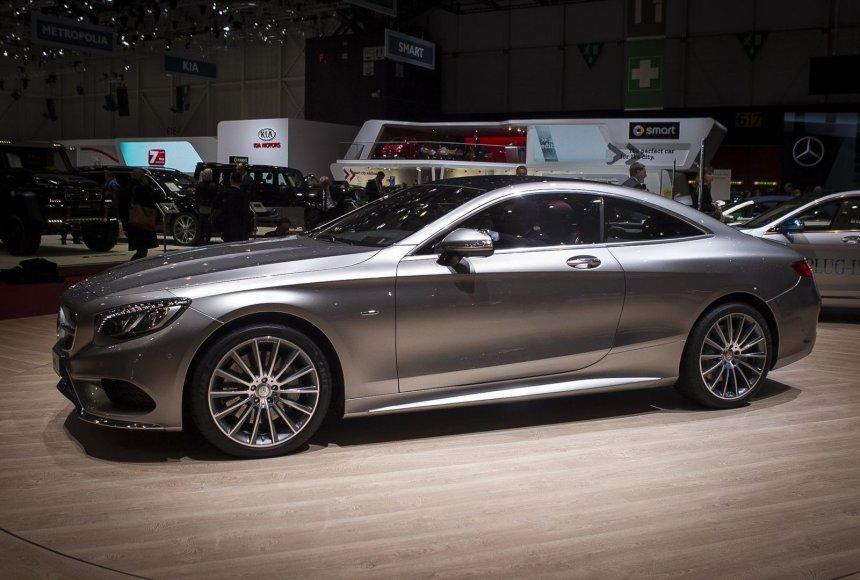 """Serijinio S klasės """"Mercedes-Benz"""" kupė debiutas Ženevoje"""
