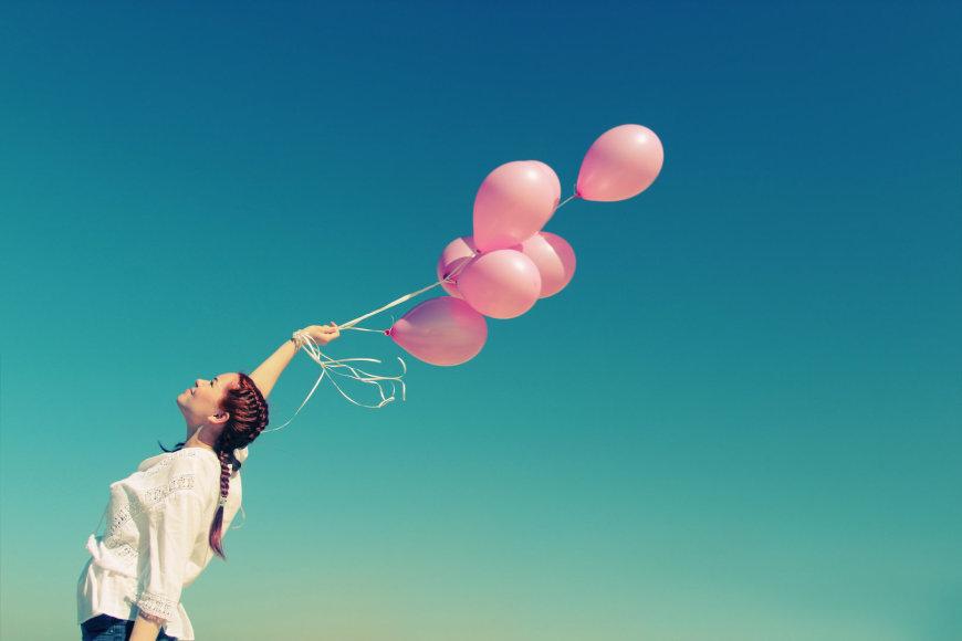 Moteris ir balionai