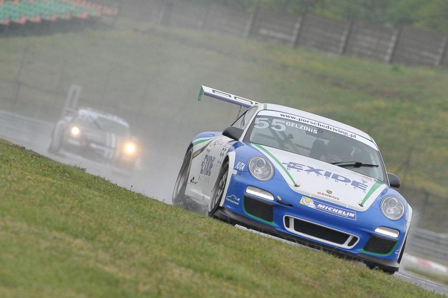 """Porsche Carrera"" taurė"