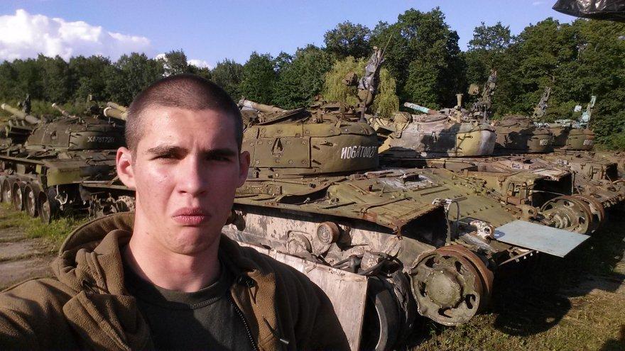 Apleista karinė technika Ukrainoje