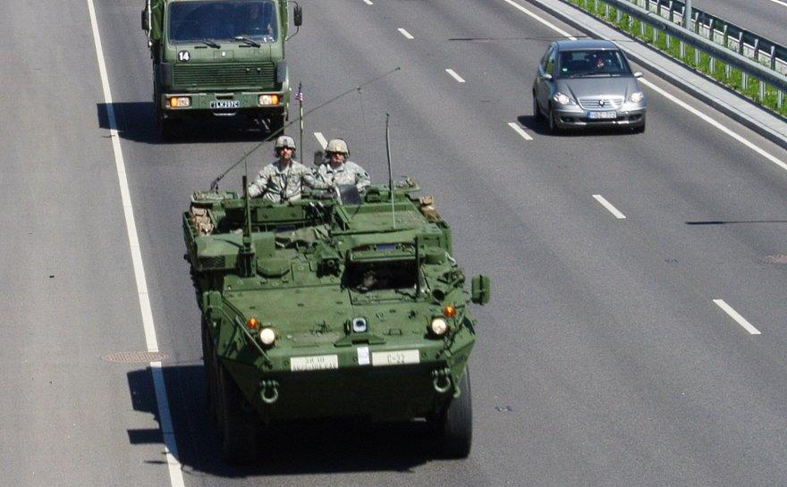 NATO šarvuočiai Vilniuje