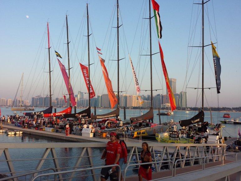 Lenktynių dalyvių jachtos